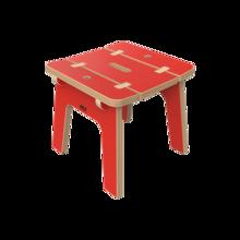 Rode houten kinderkrukjes | IKC Kindermeubels